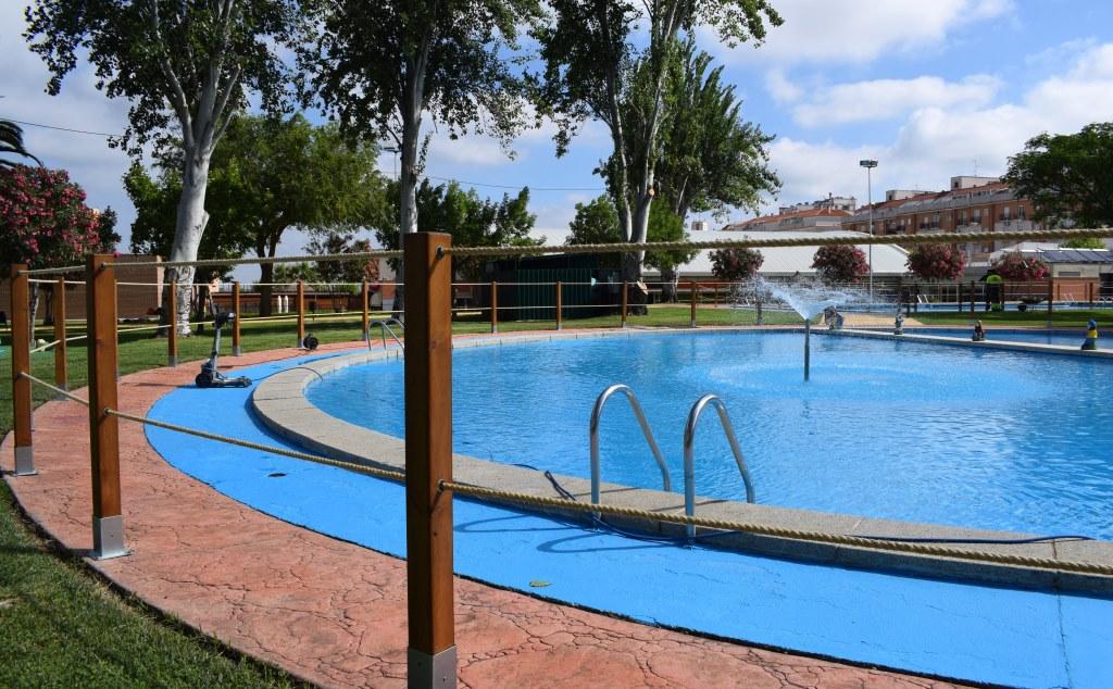 apertura de la piscina de verano de don benito