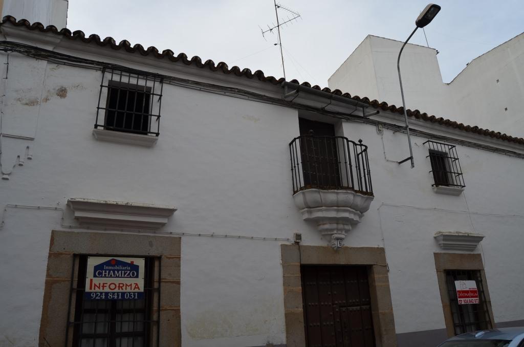El ayuntamiento de villanueva compra una casa en la calle carrera - El escondite calle villanueva ...